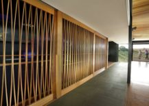 Timber-framework-adds-textural-beauty-to-the-interior-217x155