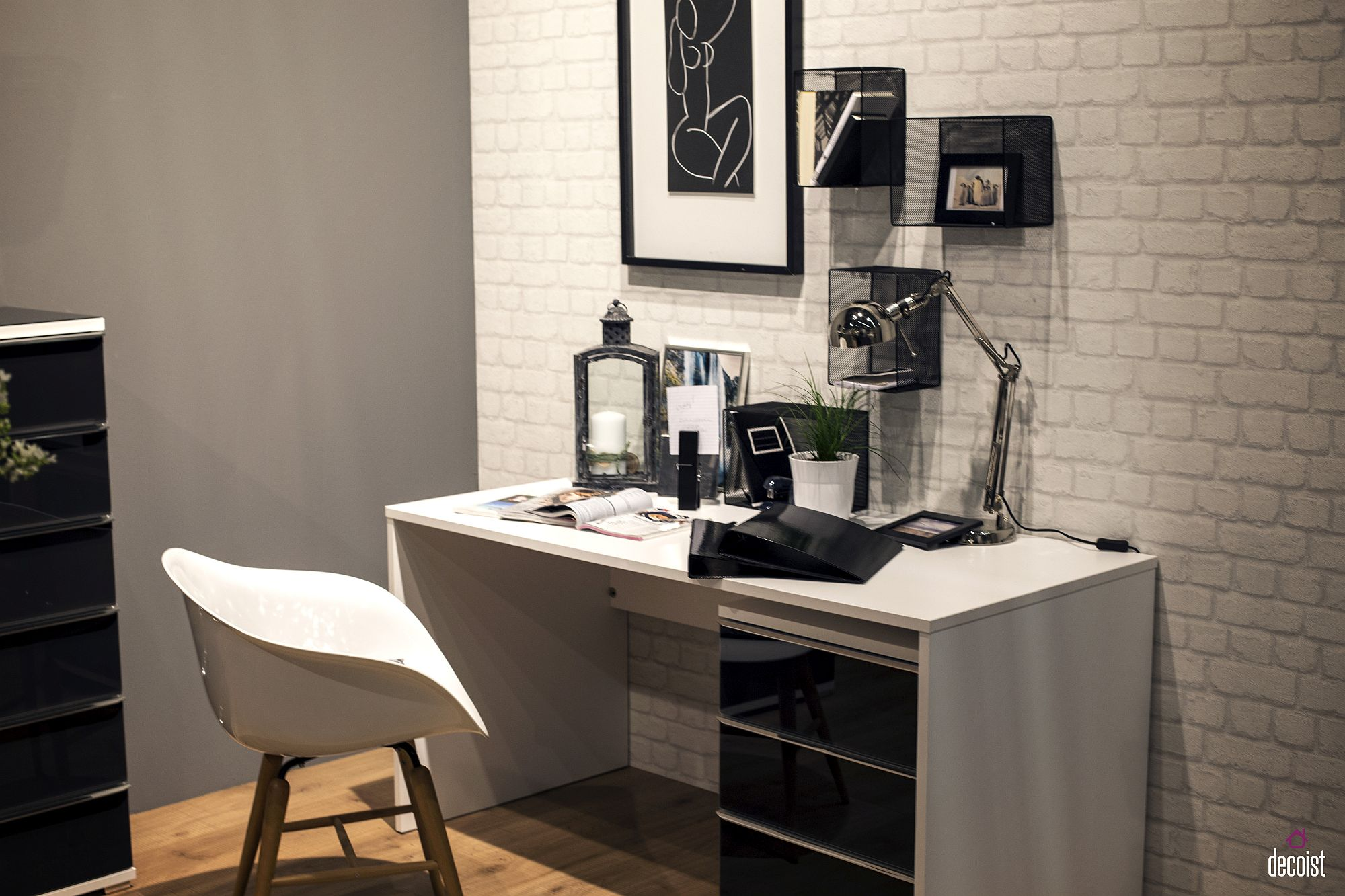 Turn Foyer Into Office : Hallway to home office space savvy desks for an
