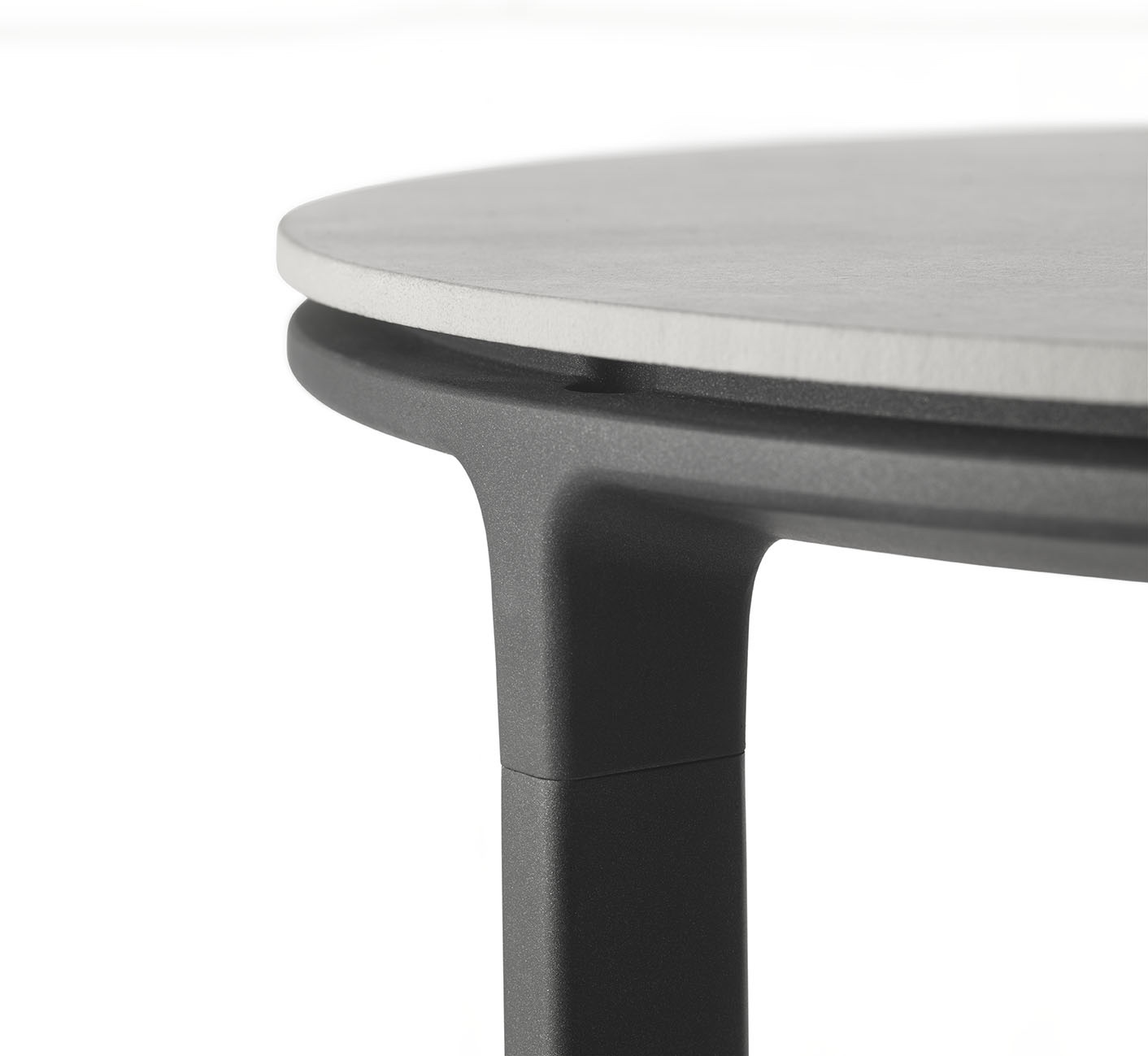 Vipp421 side table close-up