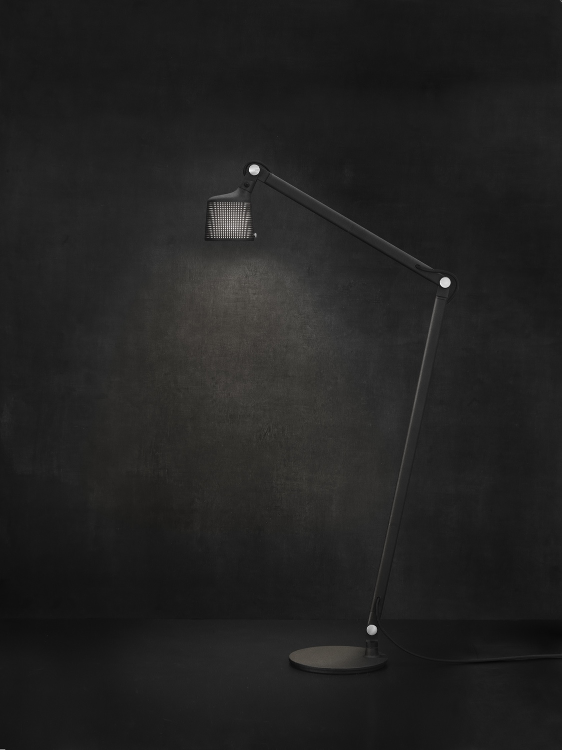 Vipp525-floor-lamp-II