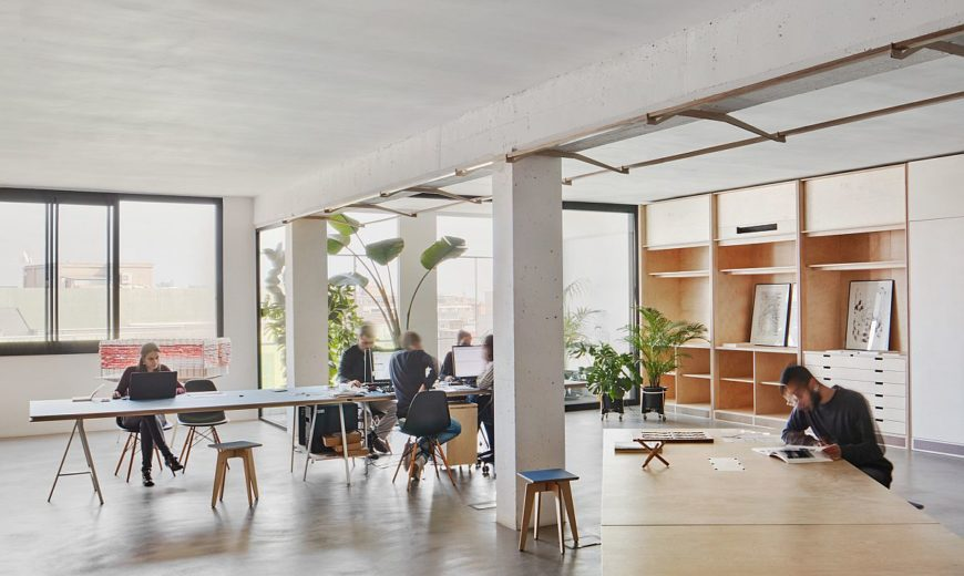 This Adaptable and Versatile Office Finds Space inside a Barcelona Warehouse!