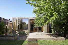 Wooden Box House: Charming Extension Revamps Heritage Family Residence