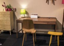 Wooden-chair-matching-with-the-tone-of-the-workdesk-217x155