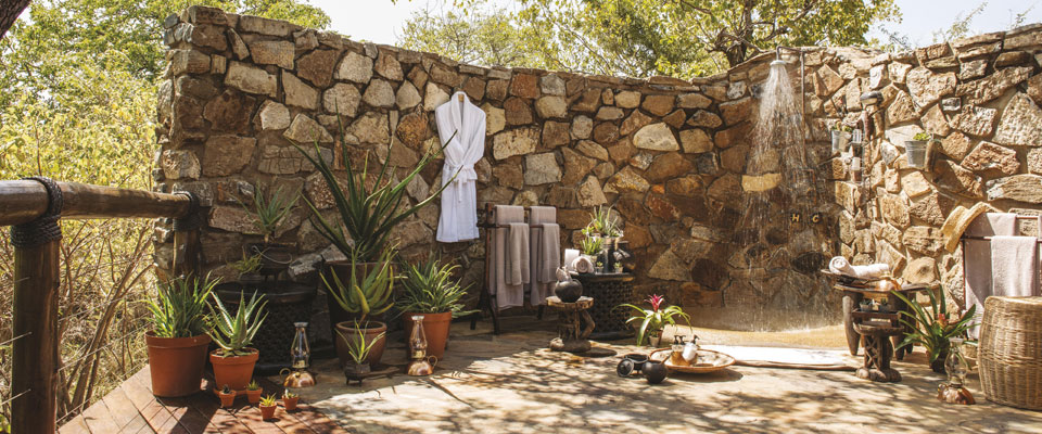 Epitome Of Luxury Refreshing Outdoor Showers