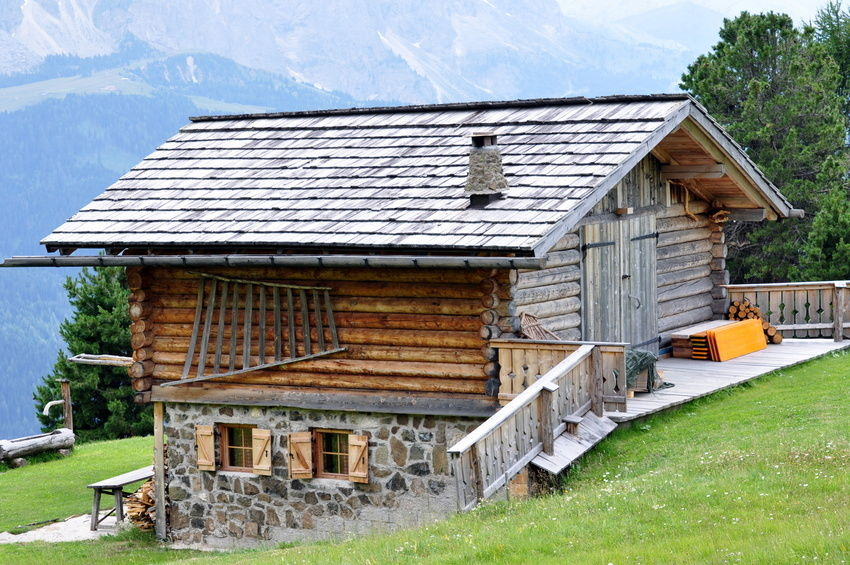 A lovely old-fashioned wood cabin
