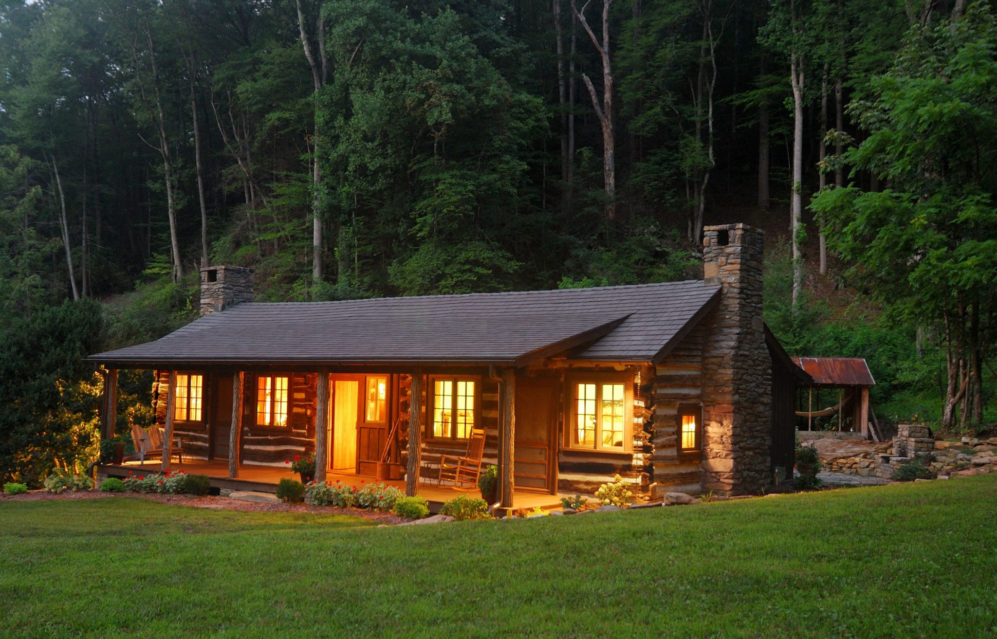 30 magical wood cabins to inspire your next off the grid vacay for Home wallpaper wood