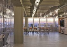 A simple way to delineate space in open plan setting 217x155 OutOfOffice Frankfurt: Modern Industrial Space for Meetings and Workshops