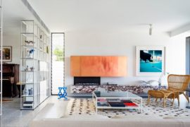 North Bondi II Residence: Modern Beach Style with Colorful Flair