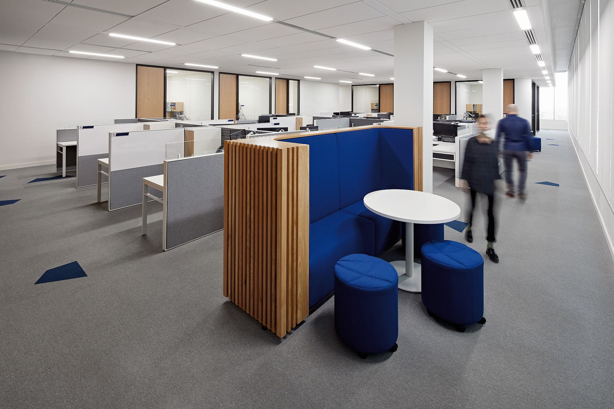 Clever partitions shape a private, yet open office environment