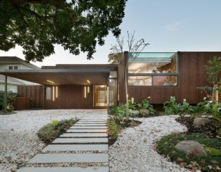 Trail House: Multi-Level Green Home in Melbourne's Suburb