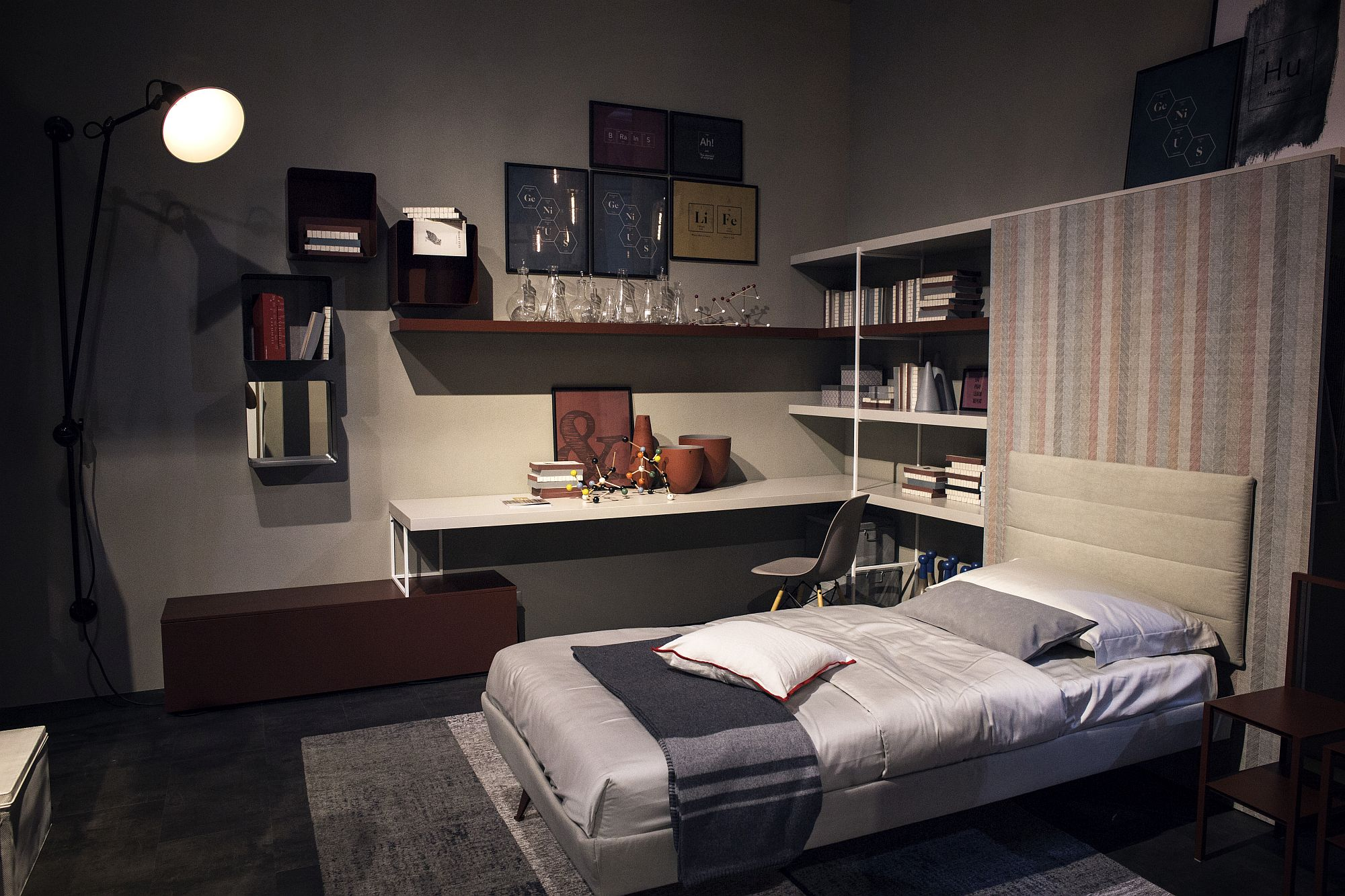 Corner shelving in the contemporary kids' room
