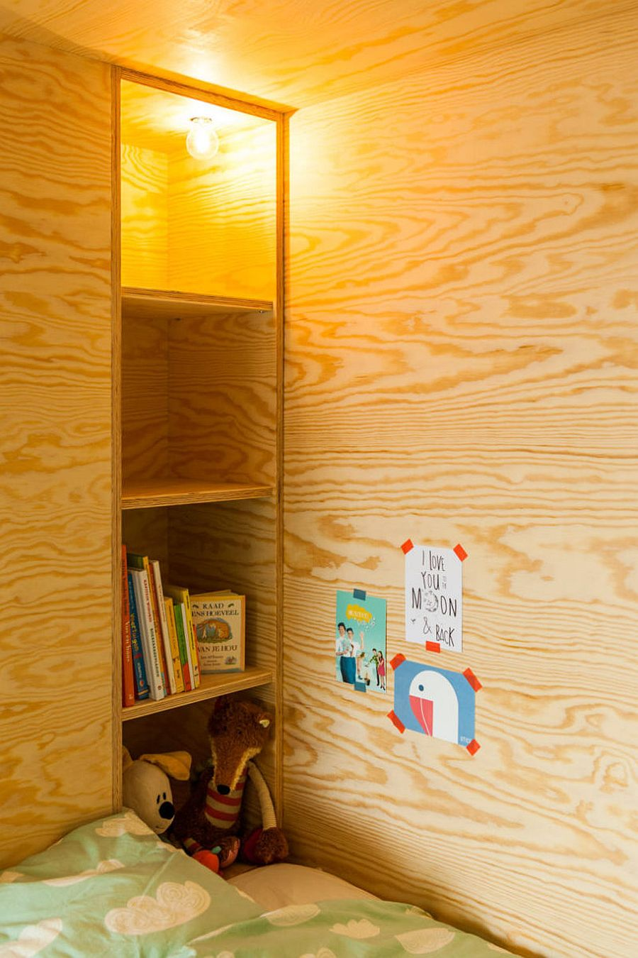 Bespoke Brilliance: Twin Bed Wall in Kids\' Room with Loft Play Zone