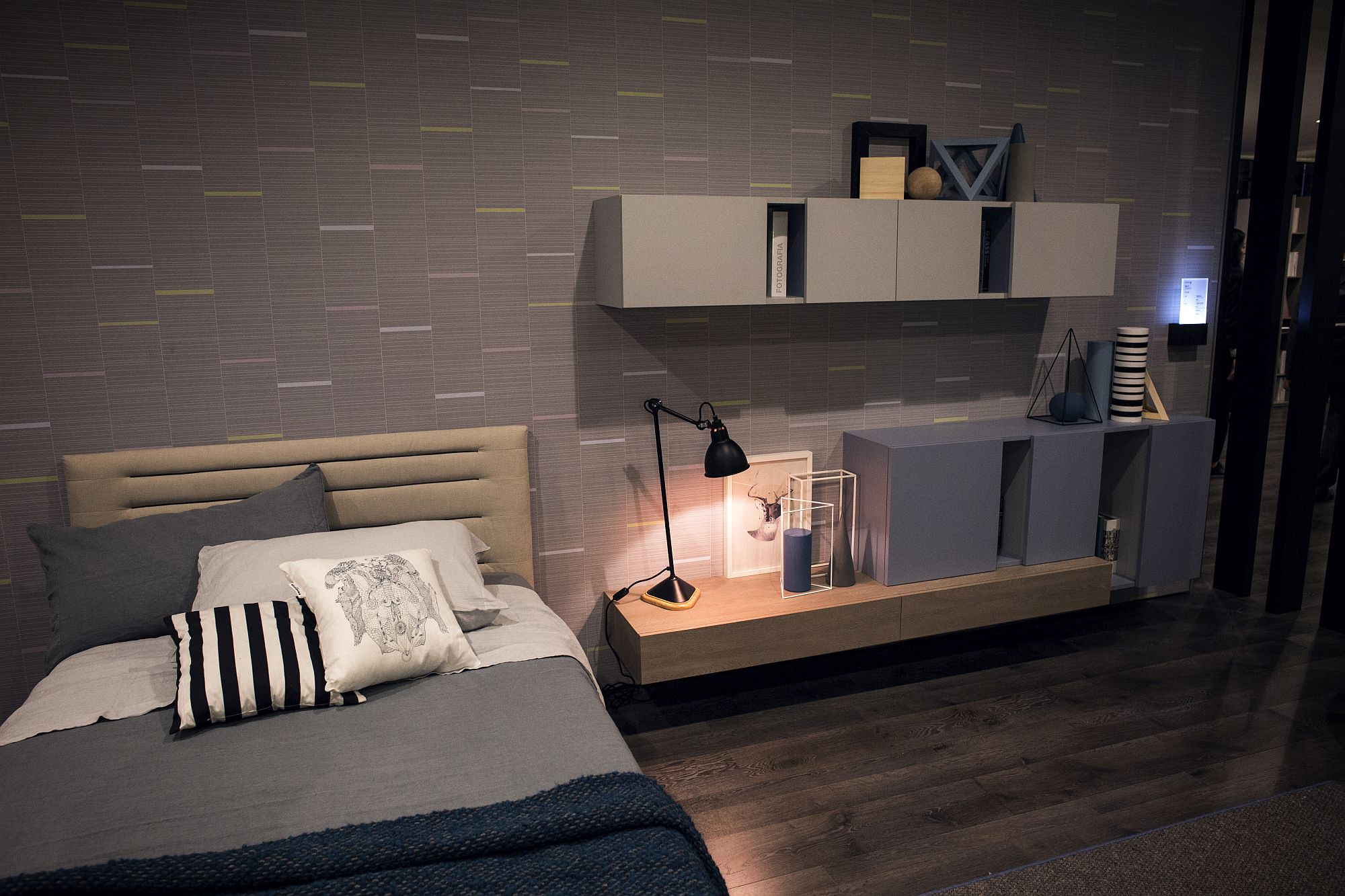 Delightful Upgrades 25 Creative Bedside Lighting Ideas