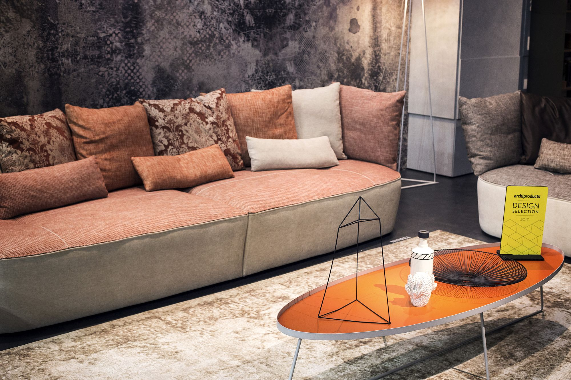 Elliptical coffee table in white and orange