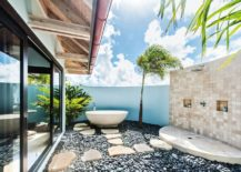 Glamorous-outdoor-shower-with-a-synchronised-color-palette-217x155