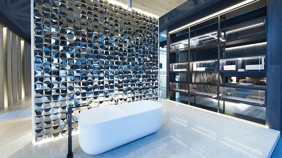 Glitzy geometrical wall tiles by L'Antic Colonial & Ramon Esteve