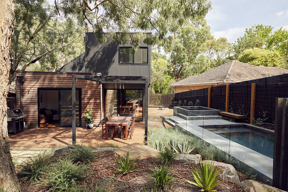 Gum trees and natural landscape define the scope of the Aussie home
