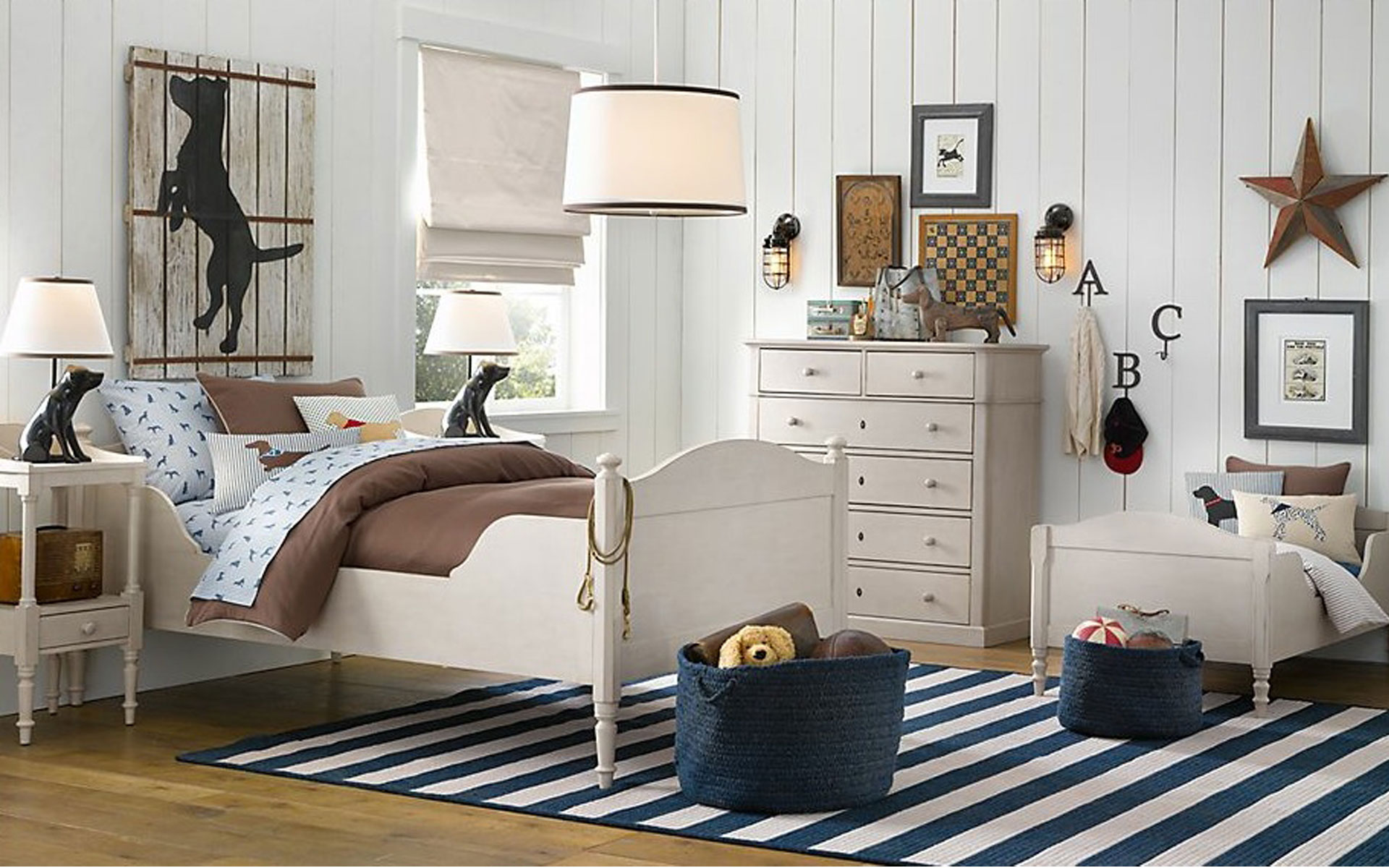 Kids room with the best of coastal interior and vintage furniture