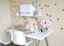 Light-home-office-with-golden-polka-dots--217x155