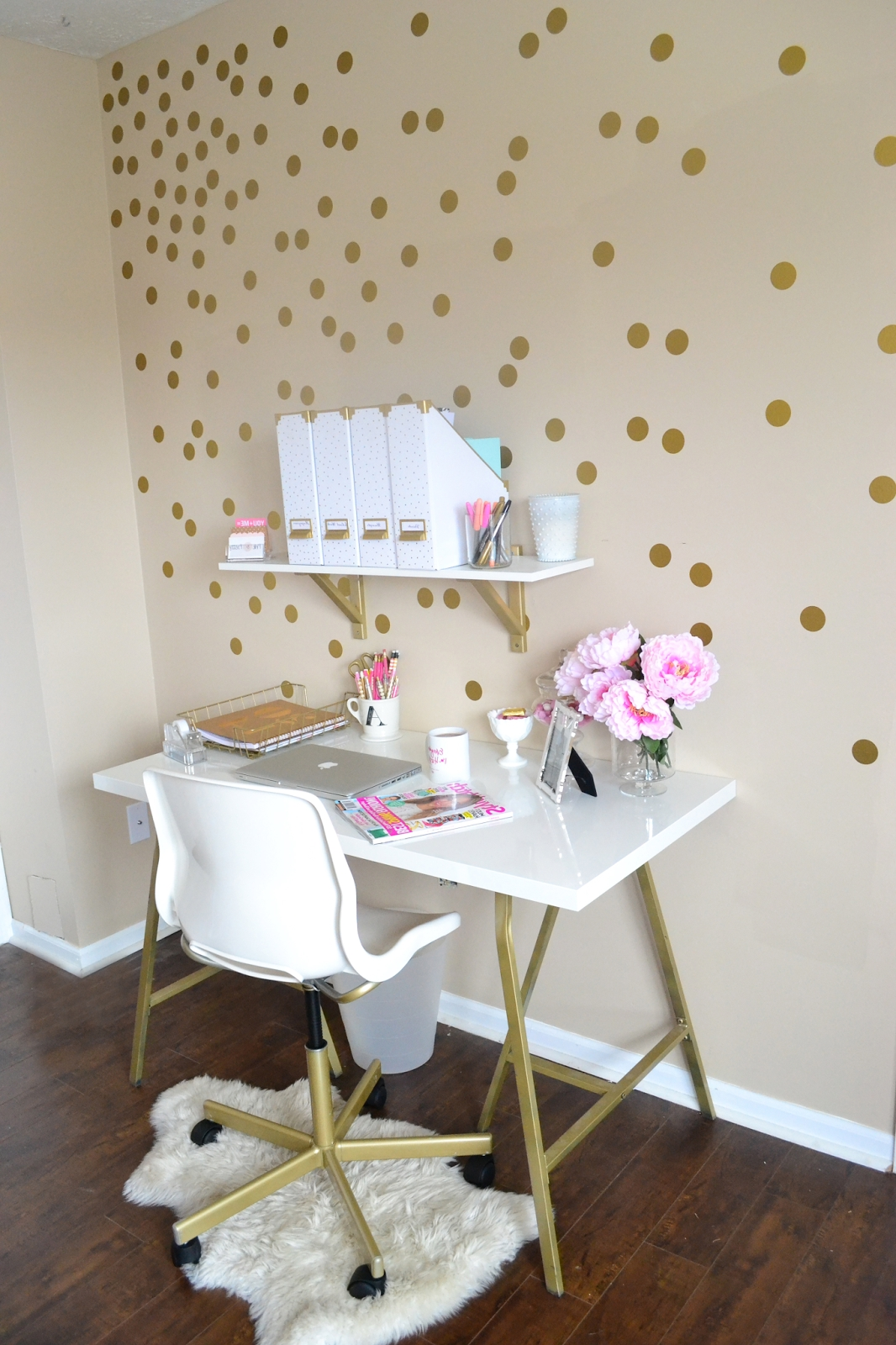 Light home office with golden polka dots