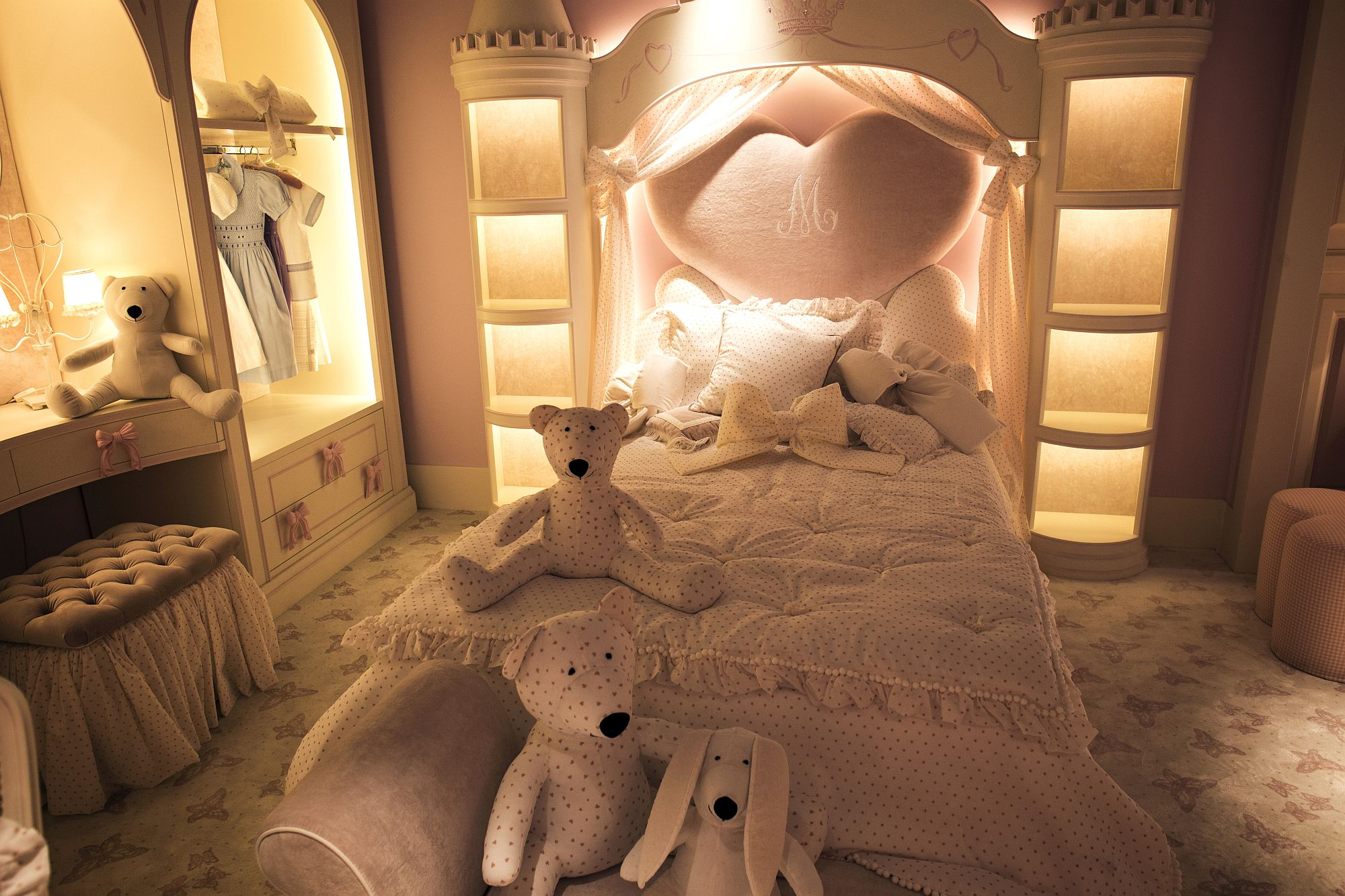 Lighting-plays-a-major-role-in-shaping-the-luxurious-ambiance-of-this-girls-bedroom