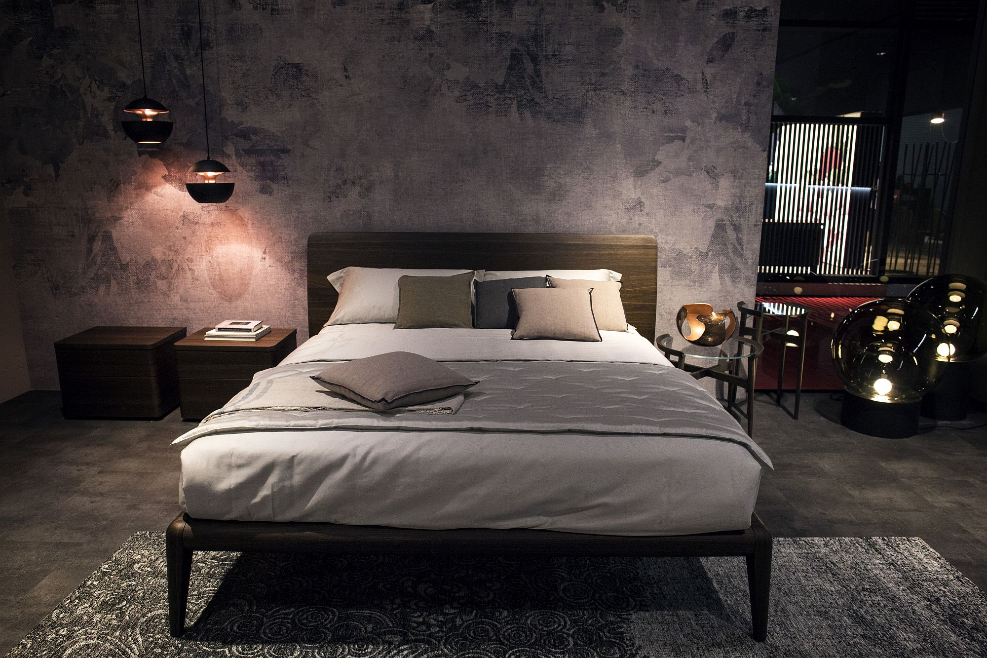 Modern bedroom decor from Gruppo Tomasella