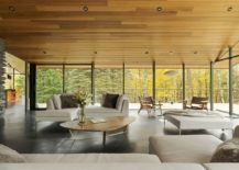 Open design of the lovely retreat brings the outdoors inside 217x155 A View to cherish: Exquisite Vermont Residence at its Glassy Best
