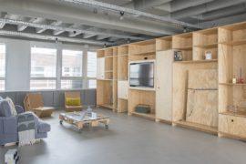 OutOfOffice Frankfurt: Modern Industrial Space for Meetings and Workshops