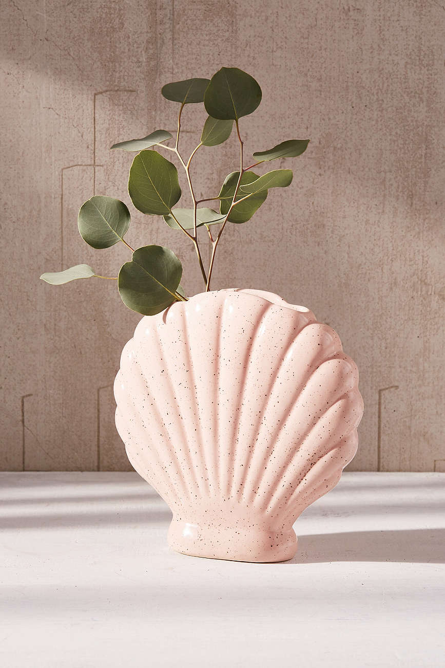 Peach-shell-vase