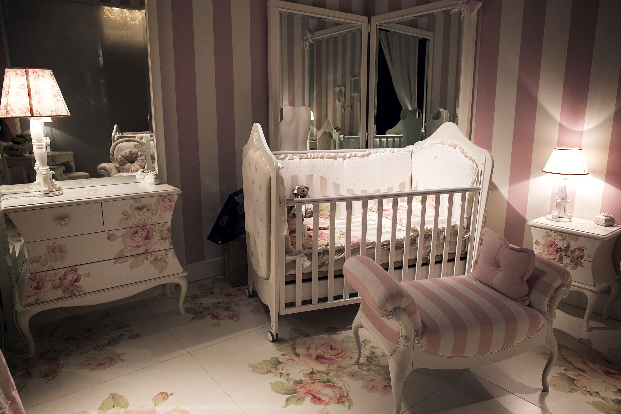 Pink-and-white-stripes-bring-elegance-to-the-girls-nursery