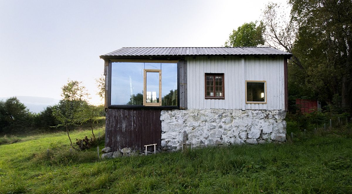 Revamped Norwegian home turned into a breezy modern cabin