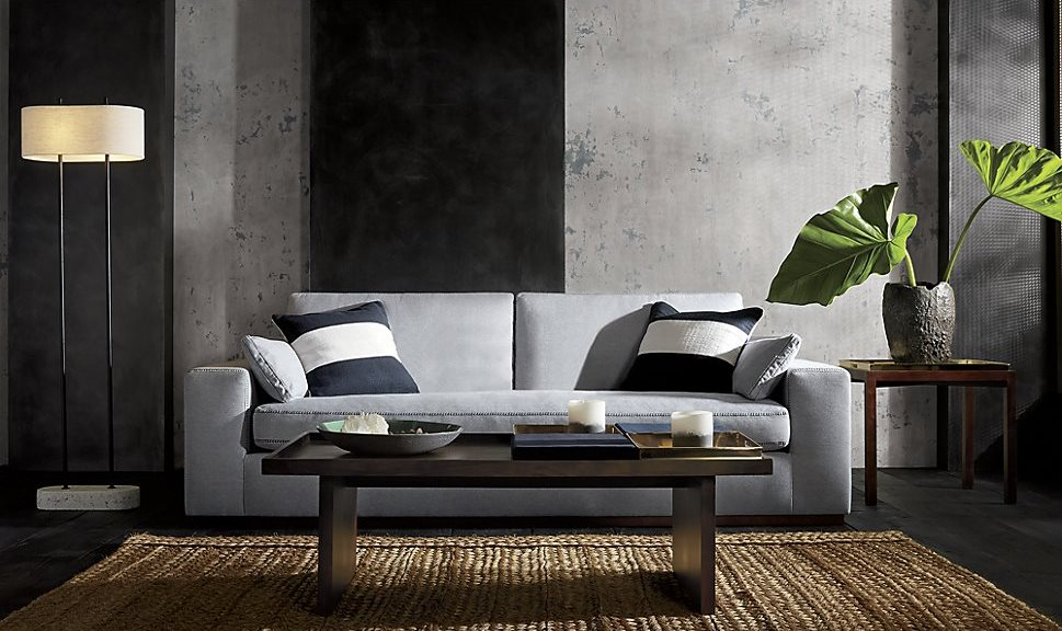 Simple striped pillows with breezy style