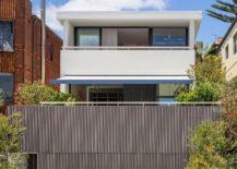 Street-facade-of-the-Bondi-Beach-Residence-in-Sydney-217x155