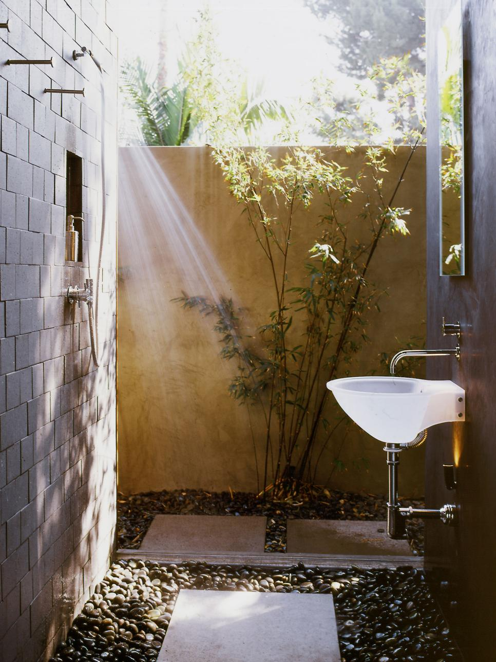 Tiny shower corner with a polished, gorgeous style
