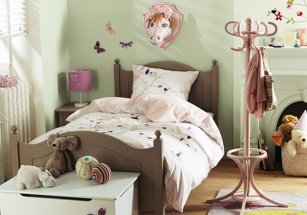 30 vintage kids rooms that stand the test of time