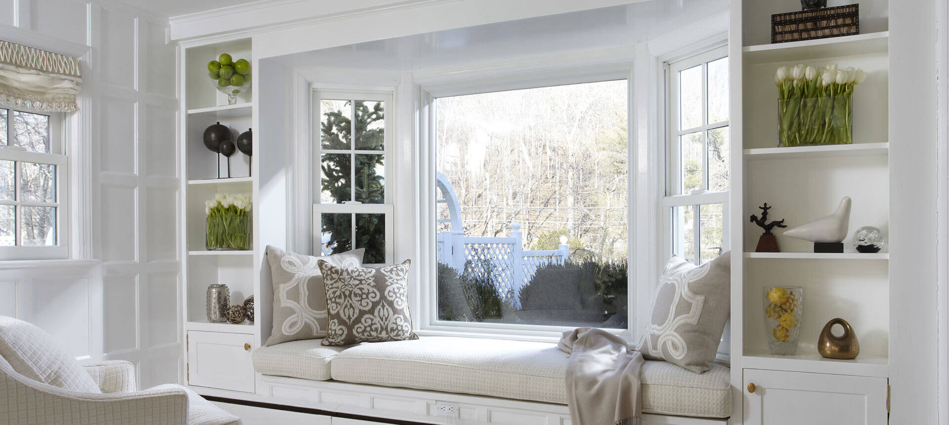 A-big-window-seat-as-a-focal-point-in-a-minimalist-room