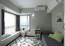 A-corner-window-seat-extending-through-the-entire-length-of-the-room-217x155