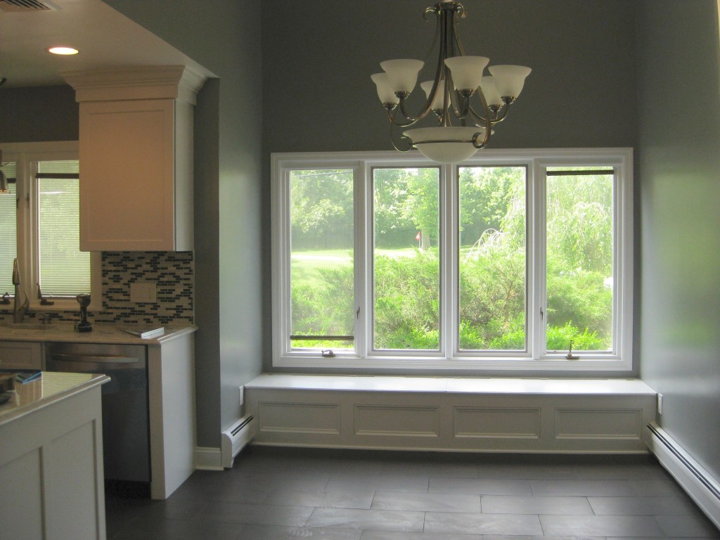 Minimalist window seat a simple element with grand value for Living room picture window ideas