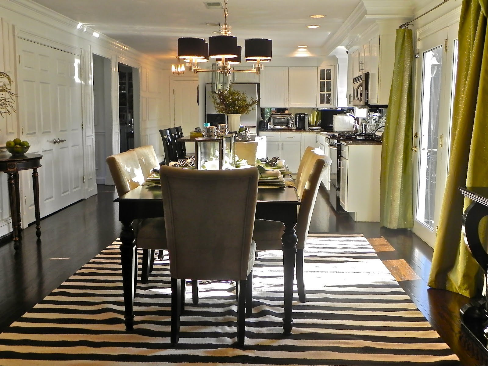 Monochrome elegance 30 black and white striped rugs for Dining room rugs