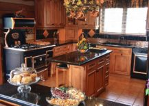 Black-and-copper-create-a-fabulous-antique-style-range-217x155