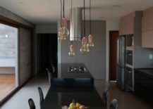 Black-countertops-add-style-to-the-kitchen-and-dining-217x155