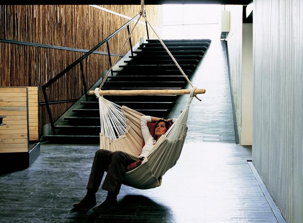Bohemian-hammock-chair-in-an-airy-room-