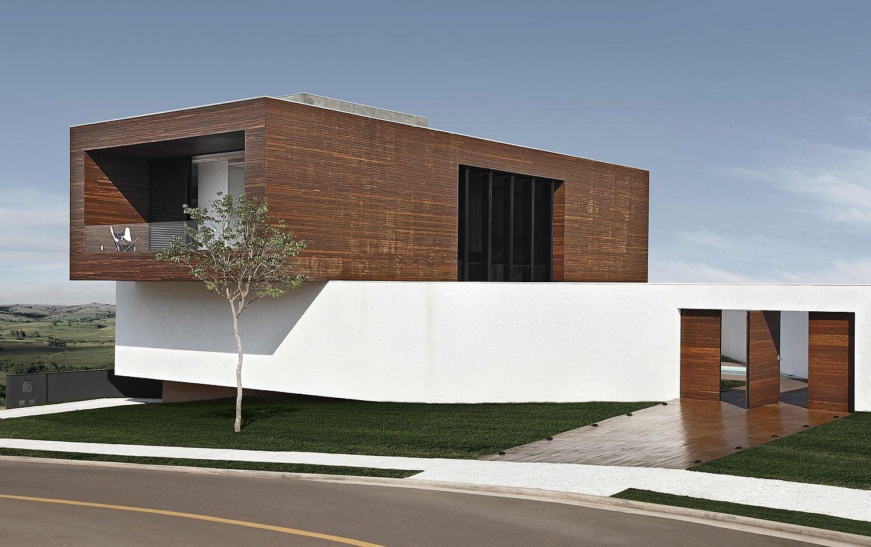 Cantilevered-top-level-box-covered-in-cumaru-wood