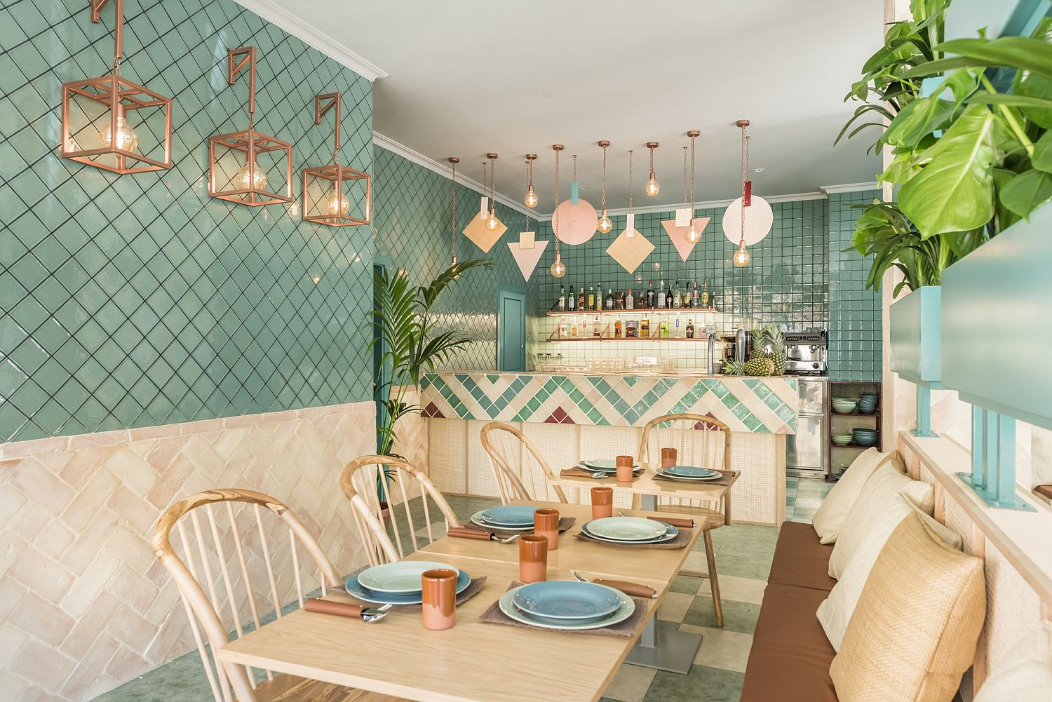 Creative pizzeria in Valencia full of color and personality Vivacious Splash of Color and Pattern: Revamped Pizzeria in Valencia