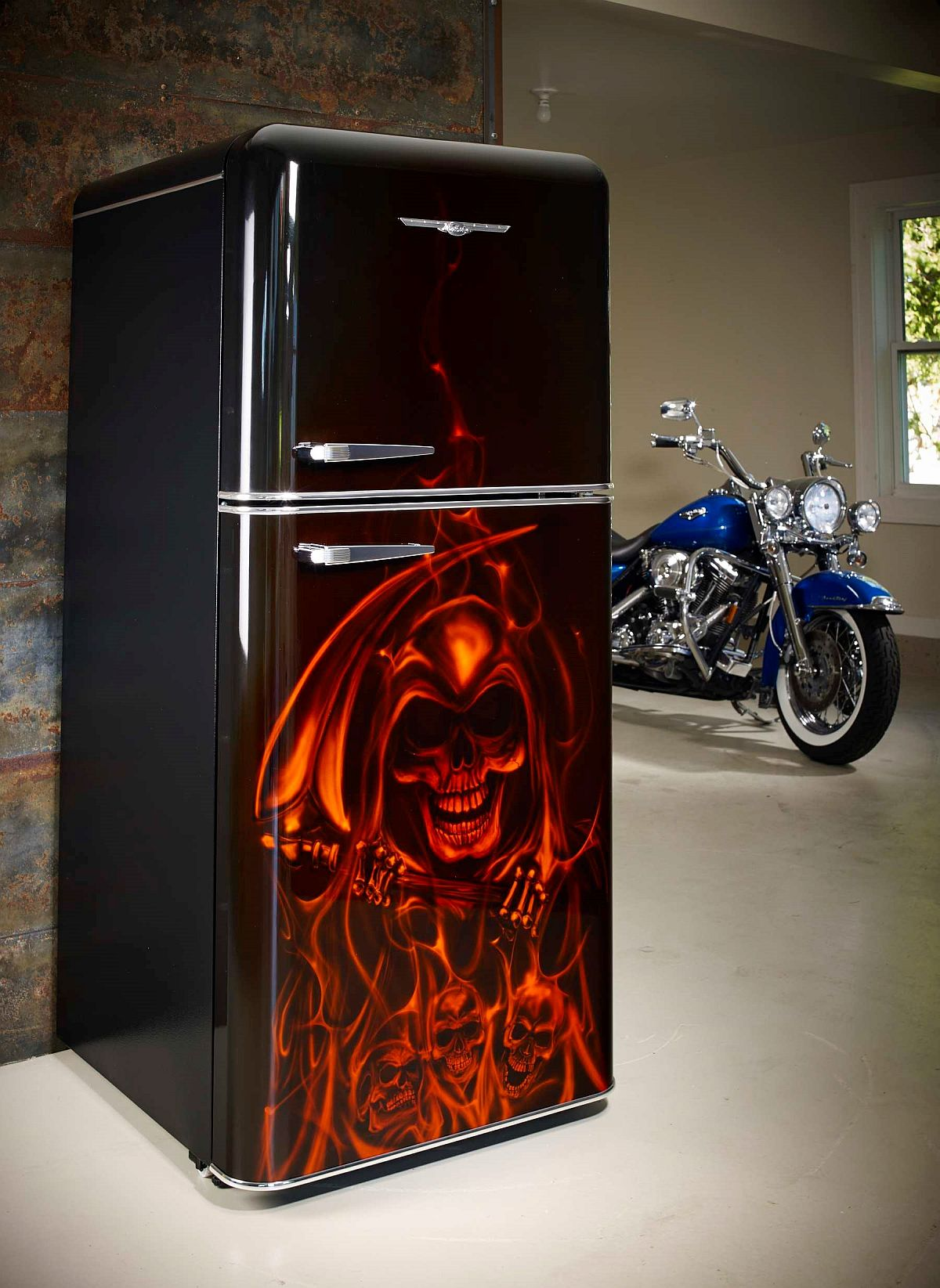 Custom air-brushed fridge with airbrushed flames and skulls!