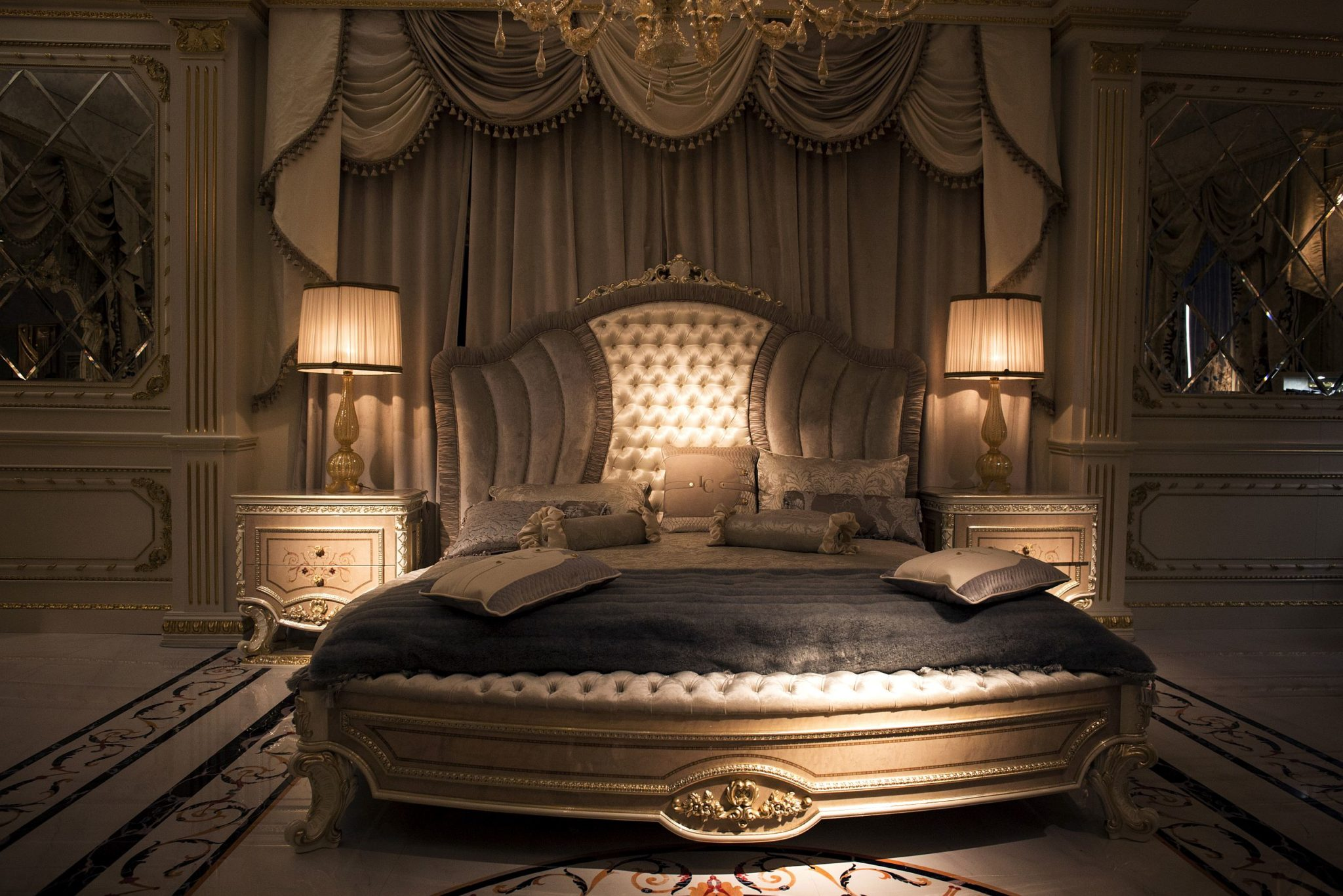 Custom-fretwork-and-marquetry-along-with-invaluable-wooden-decor-shapes-stunning-bedroom-sets-from-La-Contessina