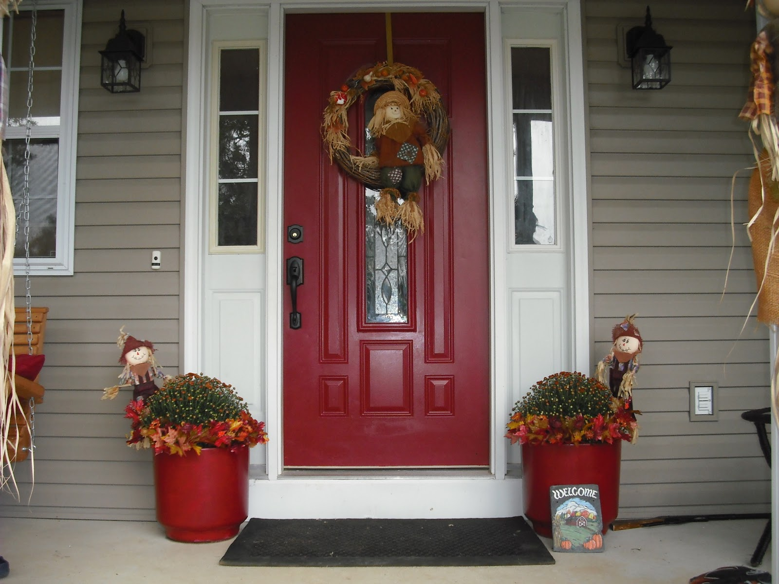 Front entry doors red - Noticeable And Vibrant