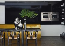 Dashing-dining-area-and-kitchen-of-contemporary-Brazilian-home-217x155