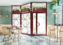 Explosive-pops-of-color-and-apttern-shape-revamped-pizzeria-in-Valencia-217x155