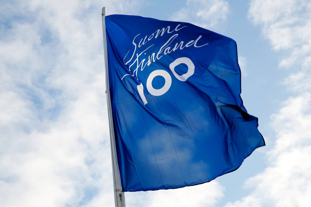 Finland 100 flag